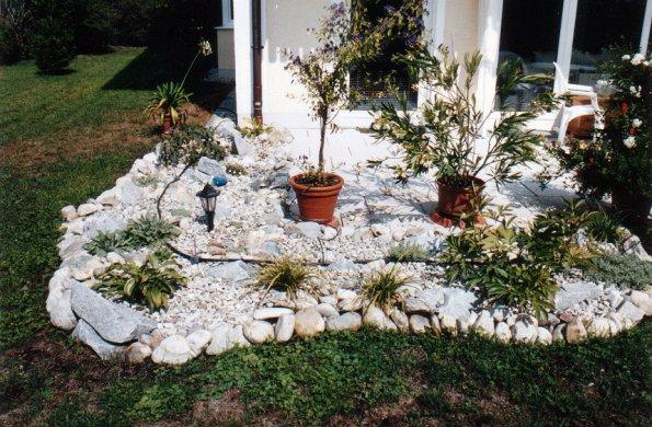 bilder steingarten garten design ideen um ihr zuhause. Black Bedroom Furniture Sets. Home Design Ideas